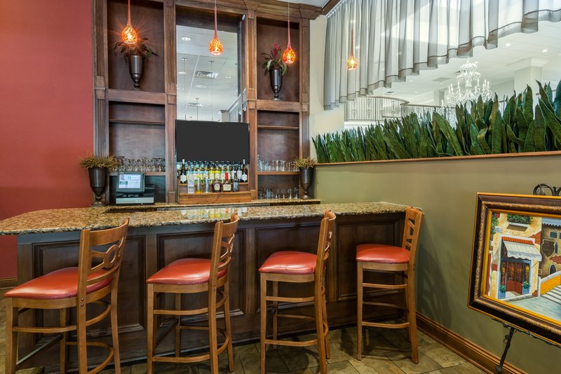 Holiday Inn Mobile - Downtown/Historic District-Bar and Lounge<br/>Image from Leonardo