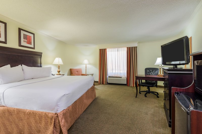 Holiday Inn Mobile - Downtown/Historic District-Comfortable King Guest Room<br/>Image from Leonardo