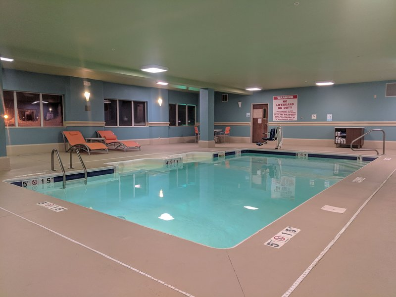 Holiday Inn Express Fort Wayne (New Haven)-Swimming Pool<br/>Image from Leonardo