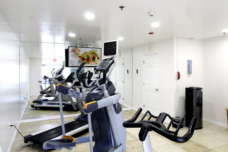Holiday Inn Resort Grand Cayman-Fitness Center<br/>Image from Leonardo
