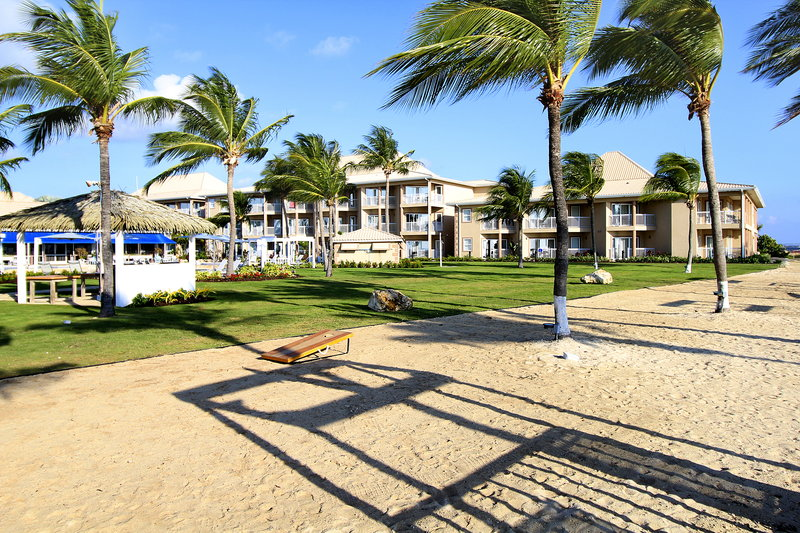 Holiday Inn Resort Grand Cayman-Beach<br/>Image from Leonardo