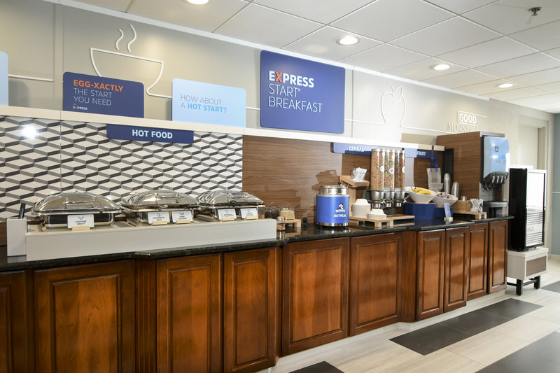 Holiday Inn Express & Suites Port Clinton - Catawba Island-Hot Breakfast Bar<br/>Image from Leonardo