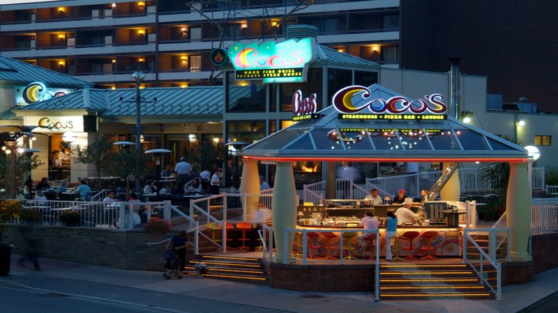 Holiday Inn Niagara Falls - by the Falls-Coco's Terrace Bar and Steakhouse<br/>Image from Leonardo