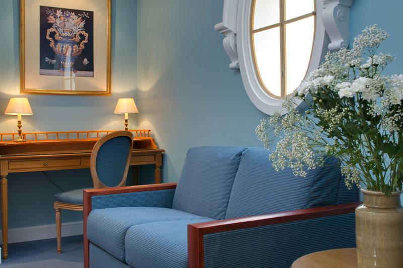 Le Littre Hotel - Junior Suite <br/>Image from Leonardo