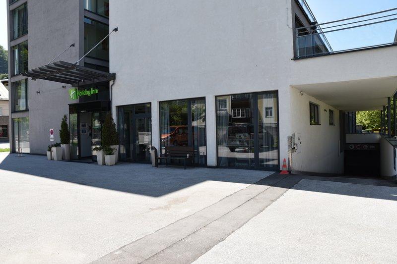Holiday Inn Salzburg City-Entrance Hotel and Garage<br/>Image from Leonardo