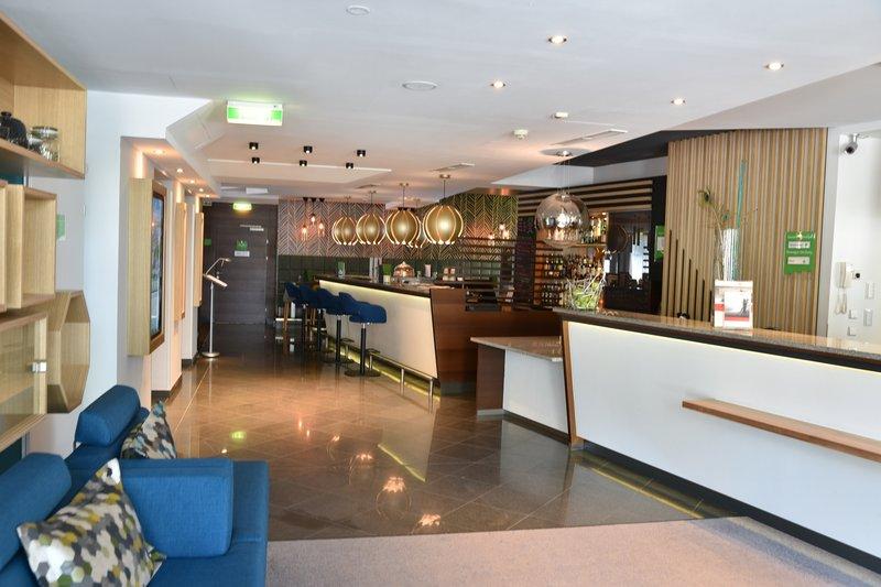 Holiday Inn Salzburg City-Open Lobby with Reception and Hotelbar<br/>Image from Leonardo