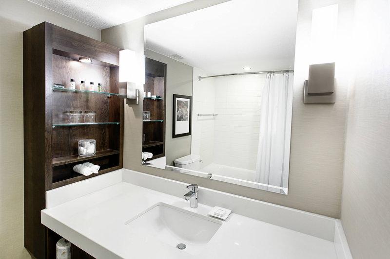 Delta Hotels by Marriott Quebec-Guest Bathroom<br/>Image from Leonardo