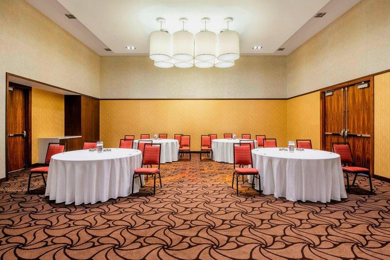 Courtyard Calgary Airport-Stetson Ballroom C - Crescent Rounds Setup<br/>Image from Leonardo