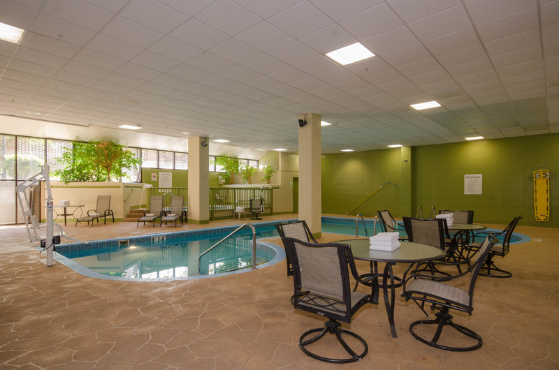 Holiday Inn Hotel & Suites Mansfield-Conference Ctr-Heated Indoor Pool<br/>Image from Leonardo