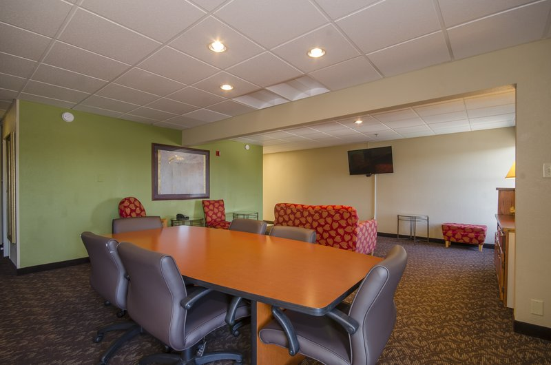 Holiday Inn Hotel & Suites Mansfield-Conference Ctr-Top Floor Lincoln Highway Board Room includes kitchen & bath<br/>Image from Leonardo