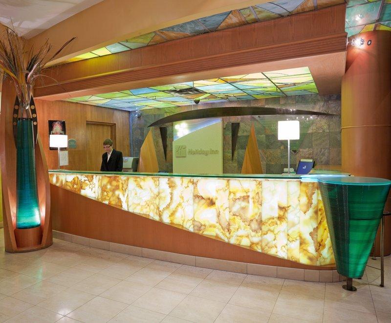 Holiday Inn Niagara Falls - by the Falls-A friendly welcome awaits you in Niagara Falls.<br/>Image from Leonardo