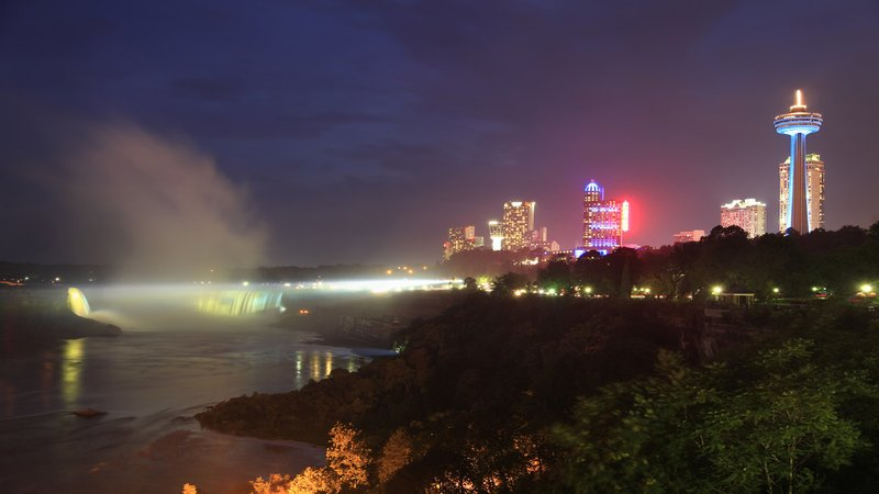 Holiday Inn Niagara Falls - by the Falls-Our Hotel Is Just Steps From Beautiful Niagara Falls<br/>Image from Leonardo