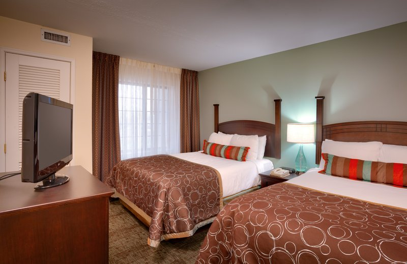 Staybridge Suites Peoria-Downtown-Get even more space in our 1 bedroom 2 double suite<br/>Image from Leonardo