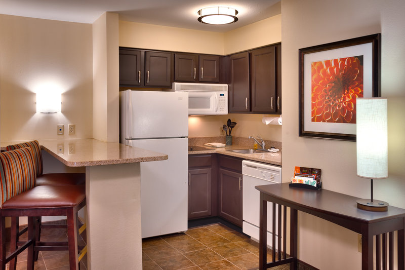 Staybridge Suites Peoria-Downtown-Enjoy even more space in our one or two bedroom suites<br/>Image from Leonardo