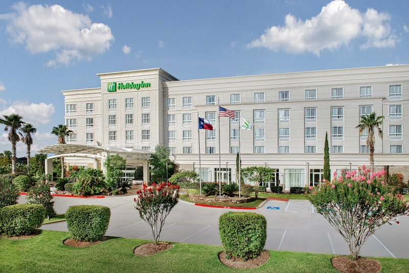 Holiday Inn Hotel & Suites College Station - Aggieland-Ample self-parking at Holiday Inn & Suites College Station<br/>Image from Leonardo