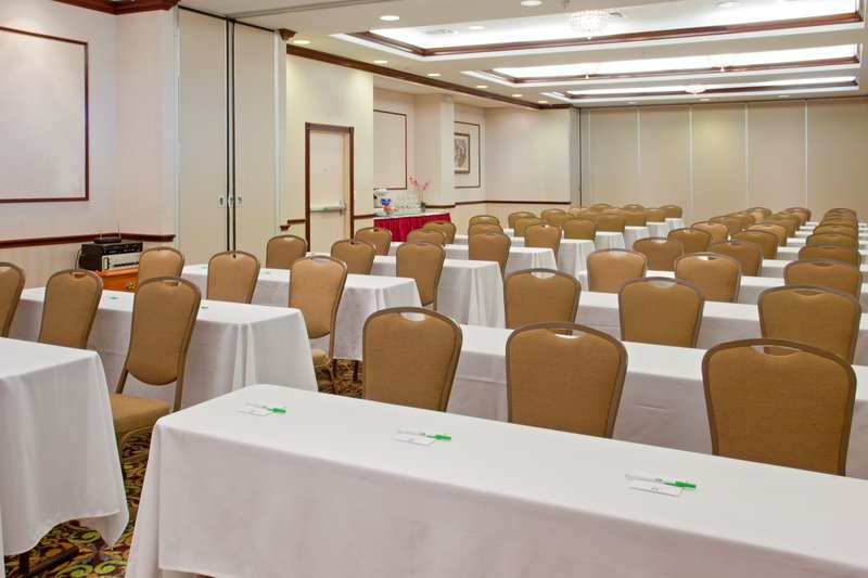 Holiday Inn Hotel & Suites College Station - Aggieland-Meeting Room<br/>Image from Leonardo