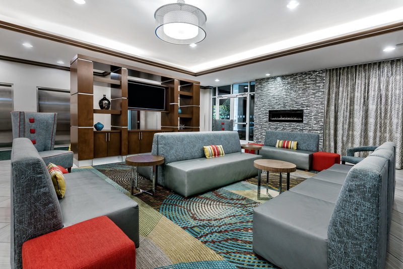 Holiday Inn Hotel & Suites College Station - Aggieland-Enjoy and relax in the hotel lobby with free Wi-Fi.<br/>Image from Leonardo