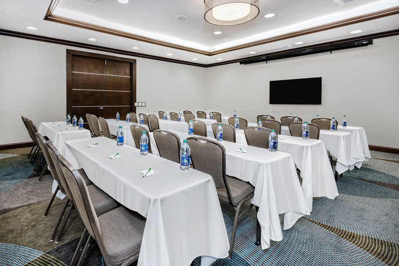 Holiday Inn Hotel & Suites College Station - Aggieland-Classroom style is perfect for your next big conference.<br/>Image from Leonardo