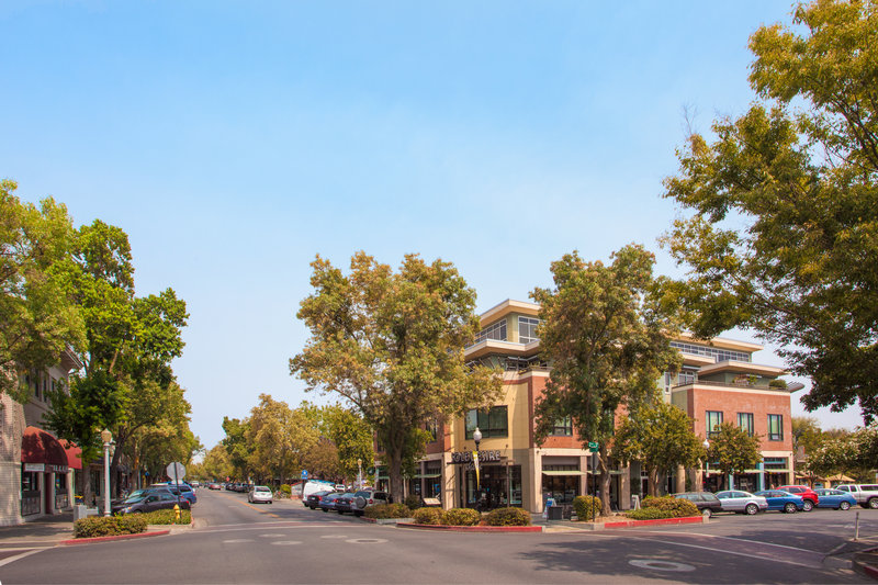 Holiday Inn Express & Suites Davis-University Area-Downtown Davis<br/>Image from Leonardo