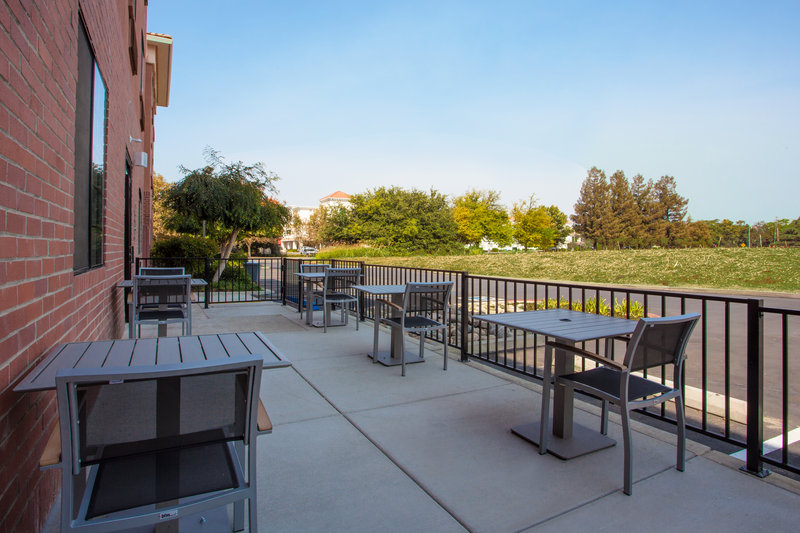 Holiday Inn Express & Suites Davis-University Area-Guest Patio<br/>Image from Leonardo