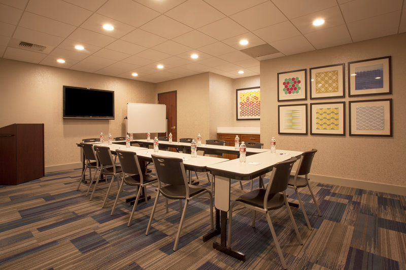 Holiday Inn Express & Suites Davis-University Area-Meeting Room<br/>Image from Leonardo