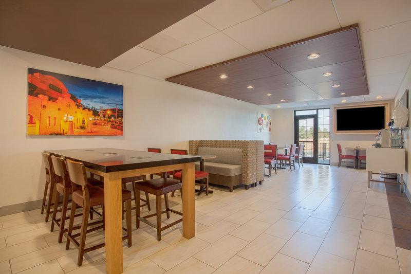 Holiday Inn Express & Suites Davis-University Area-Breakfast Area<br/>Image from Leonardo