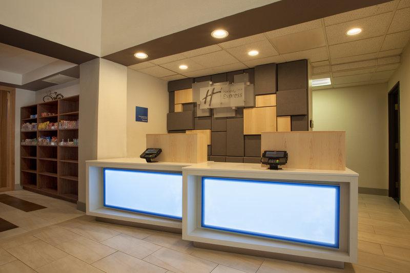 Holiday Inn Express & Suites Davis-University Area-Hotel Lobby<br/>Image from Leonardo