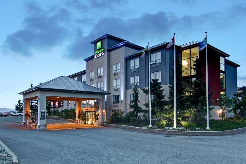 Holiday Inn Express Kamloops-Holiday Inn Express Kamloops at dusk<br/>Image from Leonardo