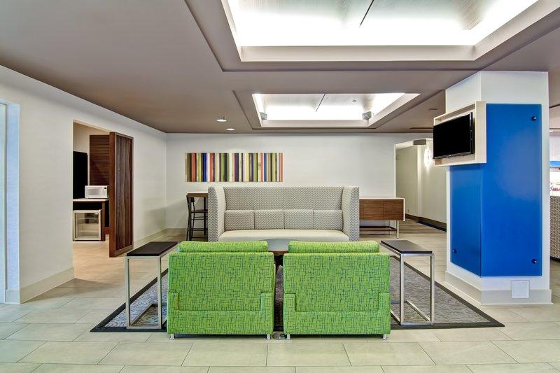 Holiday Inn Express Kamloops-Hotel Lobby<br/>Image from Leonardo