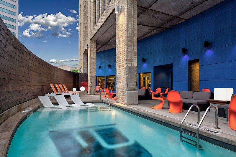 Aloft Dallas Downtown-splash outdoor pool<br/>Image from Leonardo
