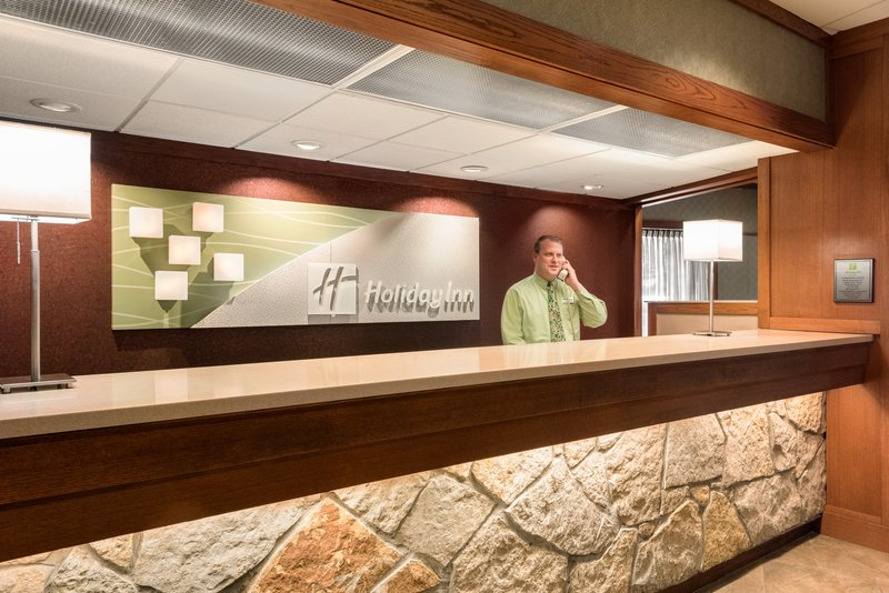 Holiday Inn Hotel & Suites Des Moines-Northwest-Reception<br/>Image from Leonardo