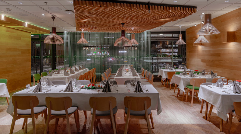 Holiday Inn Helsinki City Centre-Bring your friends and clients and have a private dinner<br/>Image from Leonardo