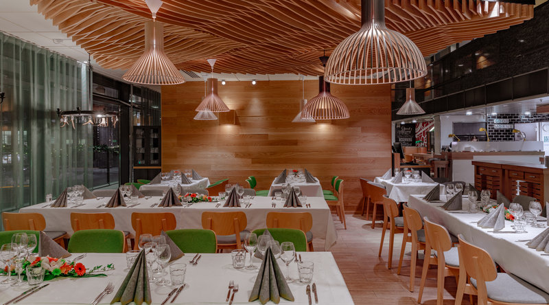 Holiday Inn Helsinki City Centre-Private party, dinner or cocktail event - yes we can cater it!<br/>Image from Leonardo