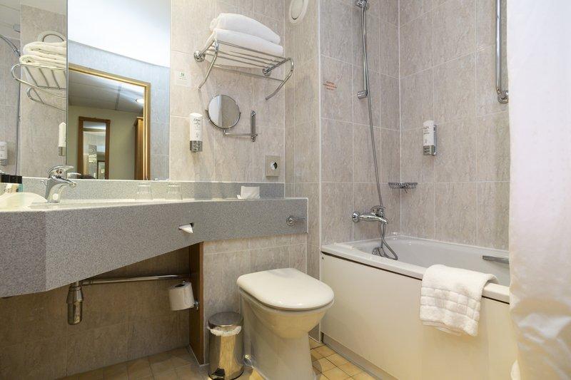 Holiday Inn Nottingham-Guest Room<br/>Image from Leonardo