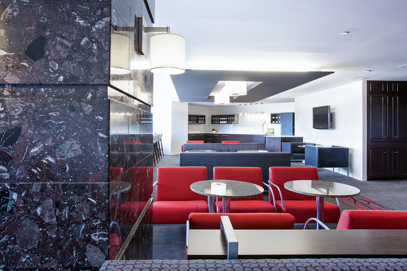 Delta Hotels by Marriott Quebec-Club Lounge - Seating Area<br/>Image from Leonardo
