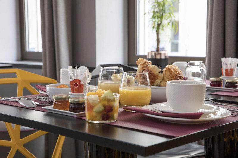 Eiffel Capitol Hotel-Breakfast<br/>Image from Leonardo