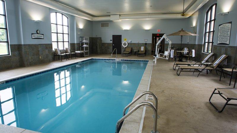 Staybridge Suites Lexington-Staybridge Suites Lexington, KY swimming pool<br/>Image from Leonardo