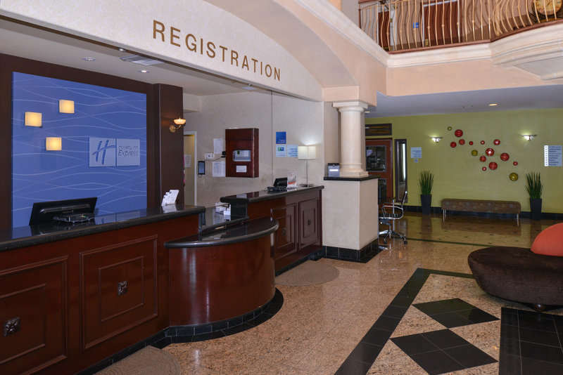 Holiday Inn Express & Suites El Centro-Front Desk<br/>Image from Leonardo