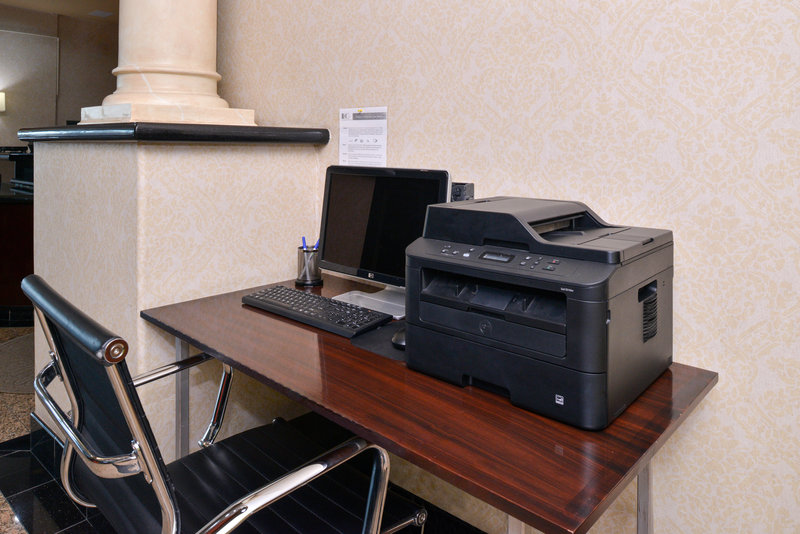 Holiday Inn Express & Suites El Centro-Business Center<br/>Image from Leonardo