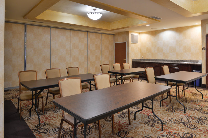 Holiday Inn Express & Suites El Centro-Meeting Room<br/>Image from Leonardo