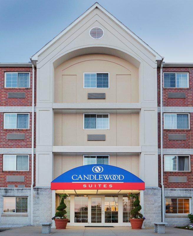 Candlewood Suites Boston-Burlington-Hotel Entrance<br/>Image from Leonardo