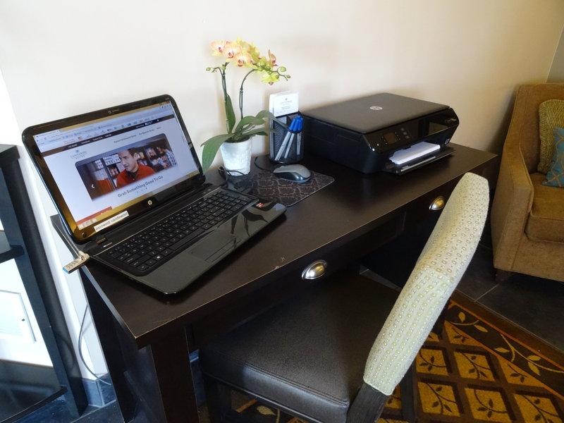 Candlewood Suites Boston-Burlington-Guest Business Center<br/>Image from Leonardo