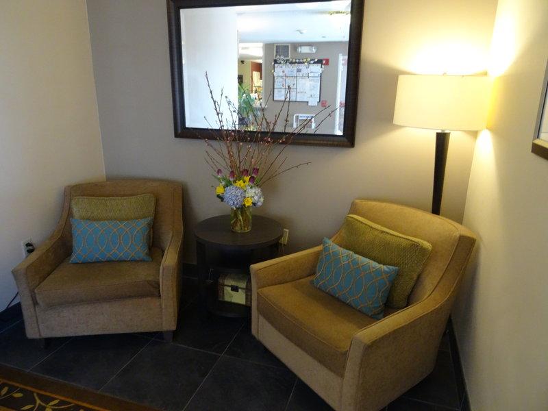 Candlewood Suites Boston-Burlington-Hotel Lobby<br/>Image from Leonardo