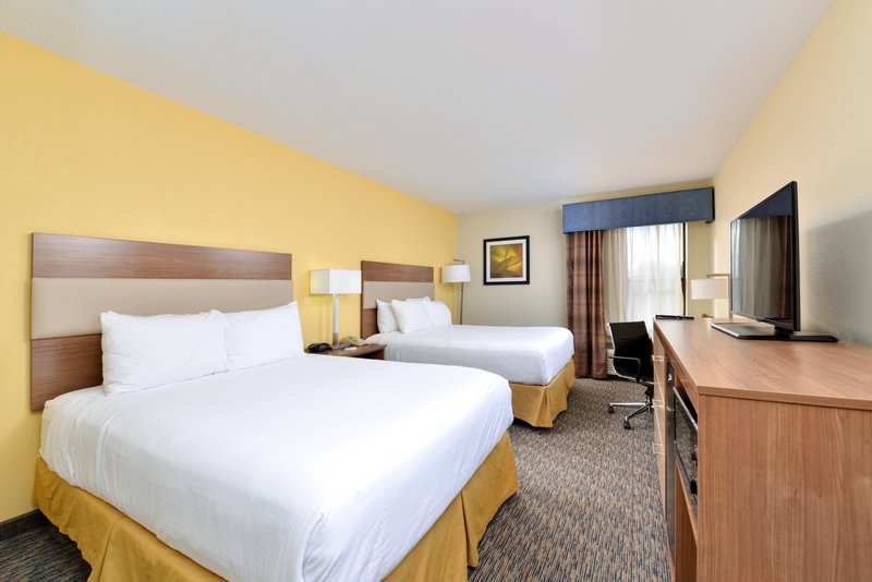 Holiday Inn Express Providence - North Attleboro-Queen Bed Guest Room<br/>Image from Leonardo