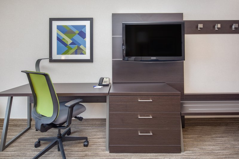 Holiday Inn Express & Suites Bishop-Room Type Assigned at Check In<br/>Image from Leonardo