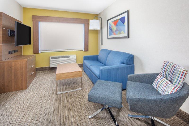 Holiday Inn Express & Suites Bishop-Living Room Area<br/>Image from Leonardo