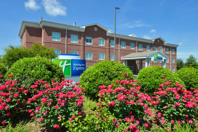 Holiday Inn Express Campbellsville-Located just minutes away from Green River Lake<br/>Image from Leonardo