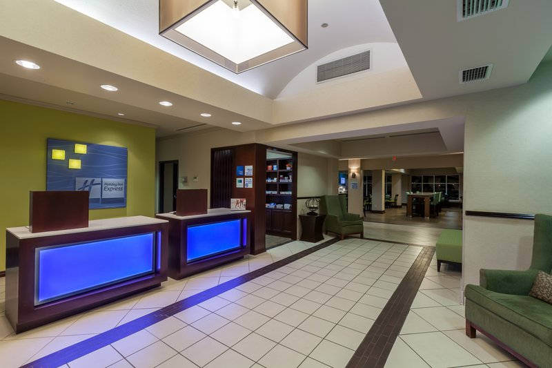 Holiday Inn Express & Suites Eagle Pass-Front Desk<br/>Image from Leonardo