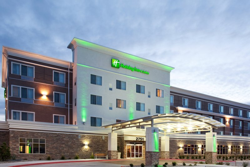 Holiday Inn Hotel & Suites Grand Junction-Airport-Welcome to Colorado's Wine Country<br/>Image from Leonardo