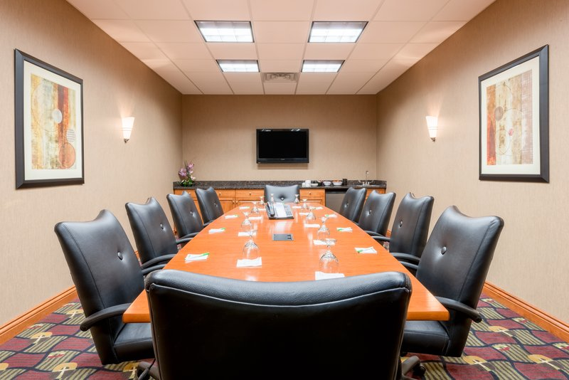 Holiday Inn Hotel & Suites Grand Junction-Airport-Hold your next Board Retreat in Grand Junction, Colorado<br/>Image from Leonardo